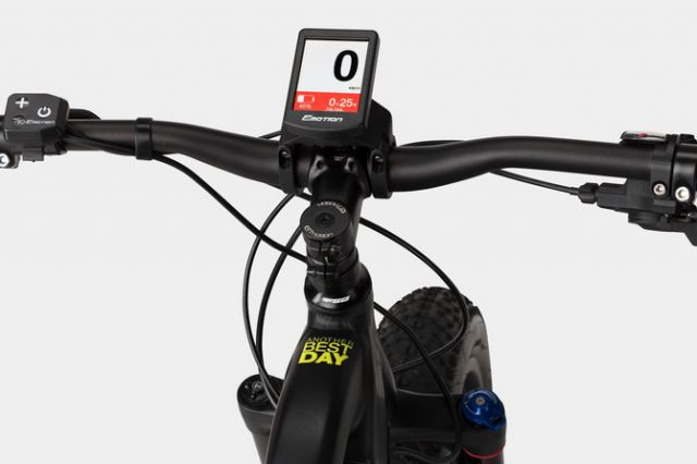 94b498849d2 The French ski champion to extend his offer with a series of mountain bikes  branded